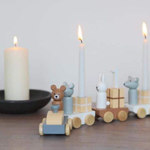 Petit train en bois Birthday Bloomingville Mini