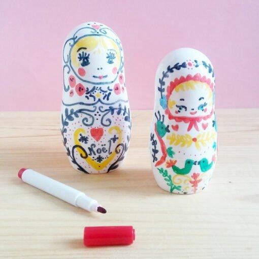 Poupées Matrioshka à colorier OMM Design