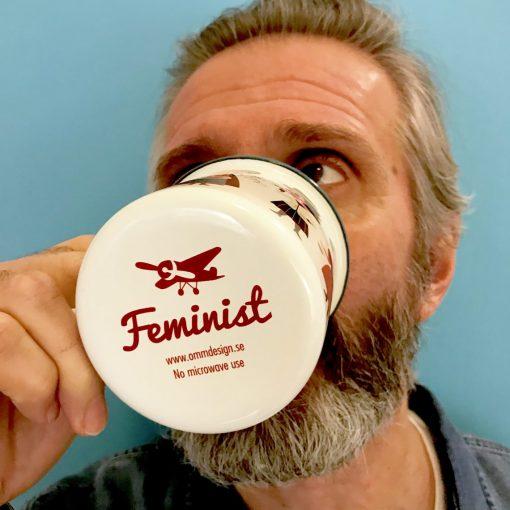 Tasse émaillée Feministes Ingela Arrhenius / Omm Design